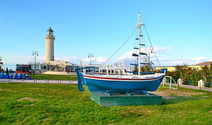 Patras-lighthouse
